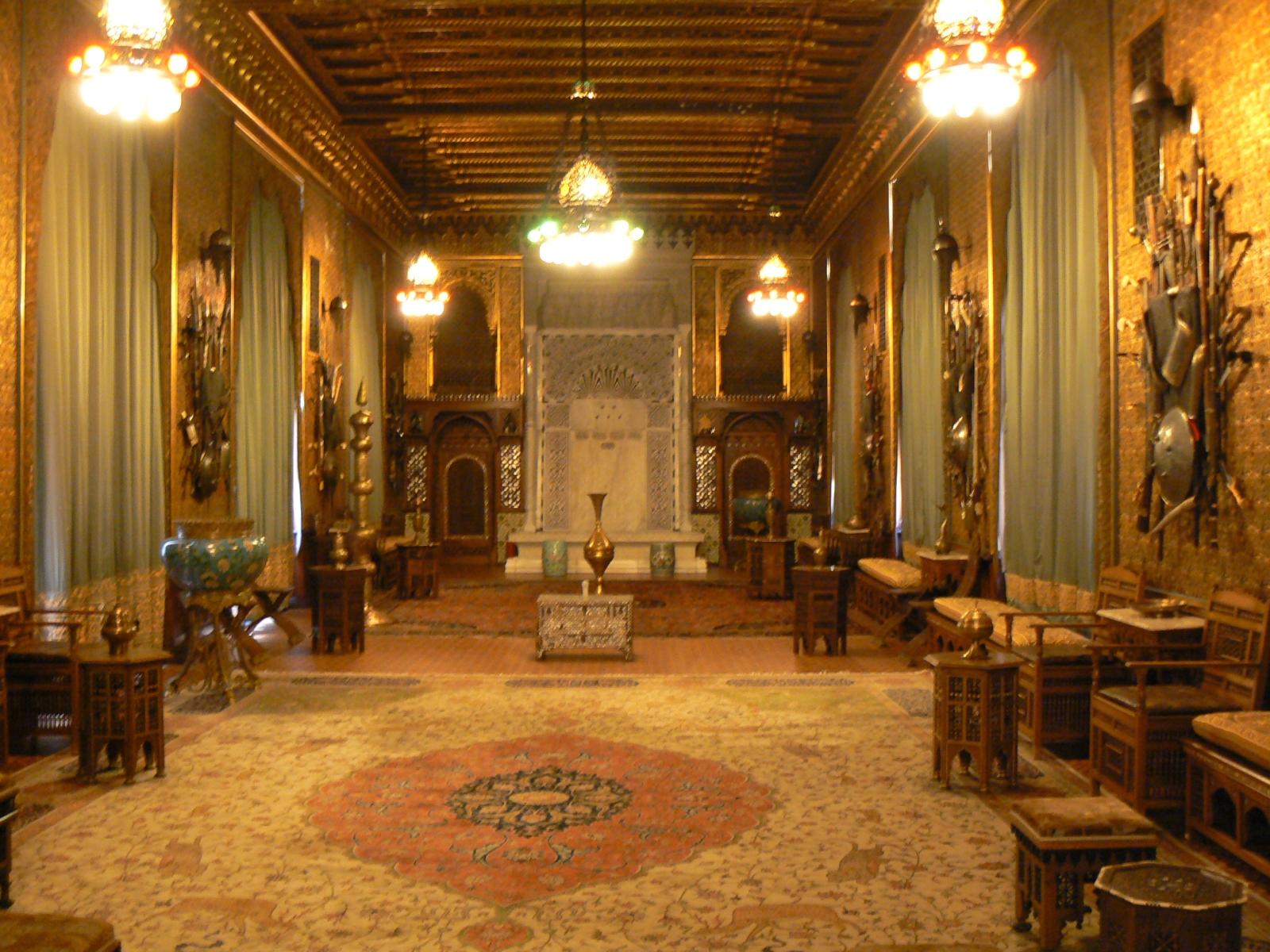Синая и двореца Пелеш