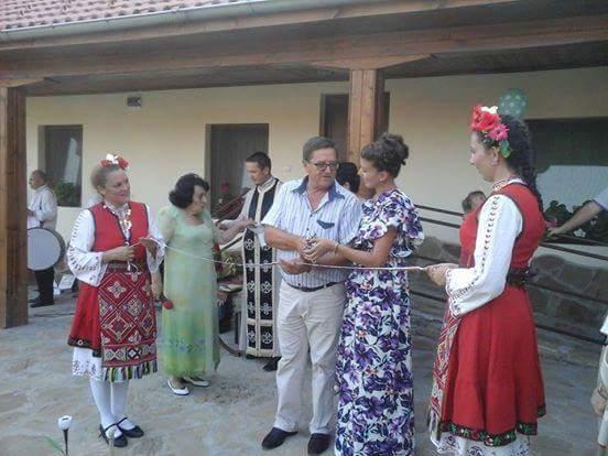 Приемна грижа за възрастни хора в село Яворец Габровска община