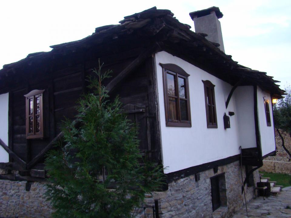 Къща Горските чанове с. Лесичарка, (15км. от Габрово)